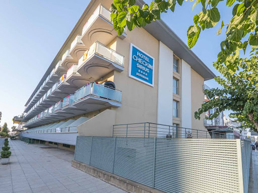 Hotel Sirius 4**** Sup. (Santa Susanna) Barcelona